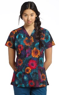 Scrubs-print-Scrubs-Fashion-Prints | White Cross | Print Scrub Top Gabrielle