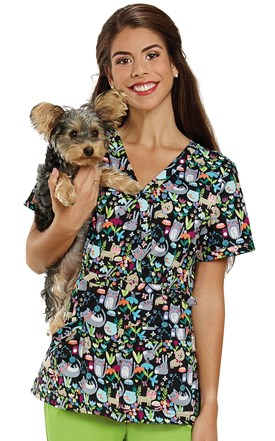 Two Pocket Print Top Cute Critters Image